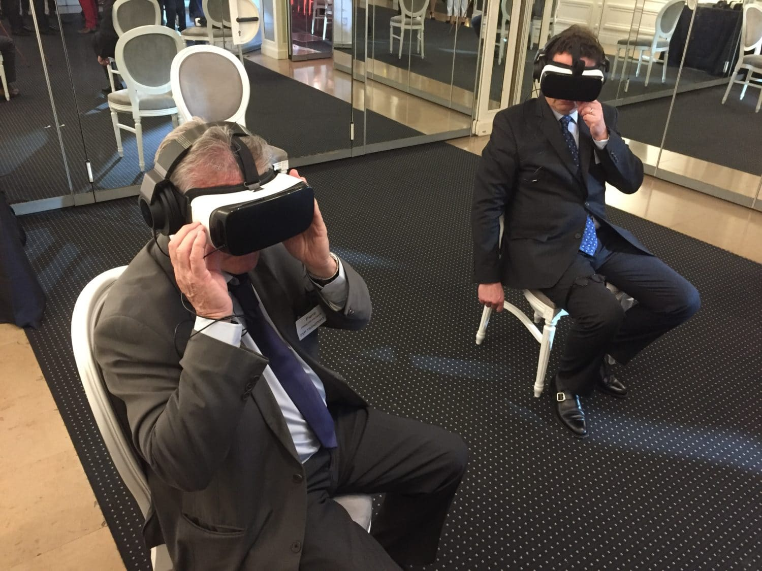 animation samsung gear vr et location samsung gear vr businessmen