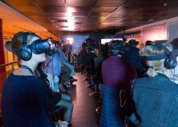 production vidéo 360 : séance cinéma VR à Moscou