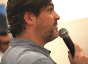 Renaud Acas lors d'une conférence sur l'innovation