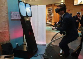 soirée réussie, multi simulateur vr lors d'une animation stand salon